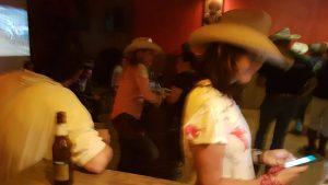 Sala Legend, clases presenciales de country line dance con Xavi Barrera
