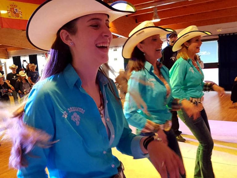 Los mejores bailes de country line dance - the dreamers