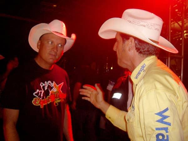 Country Line Dance en vacaciones - Discutir con Kevin Fowler