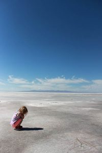 VII Aniversario Country Sierra - Niña en el desierto
