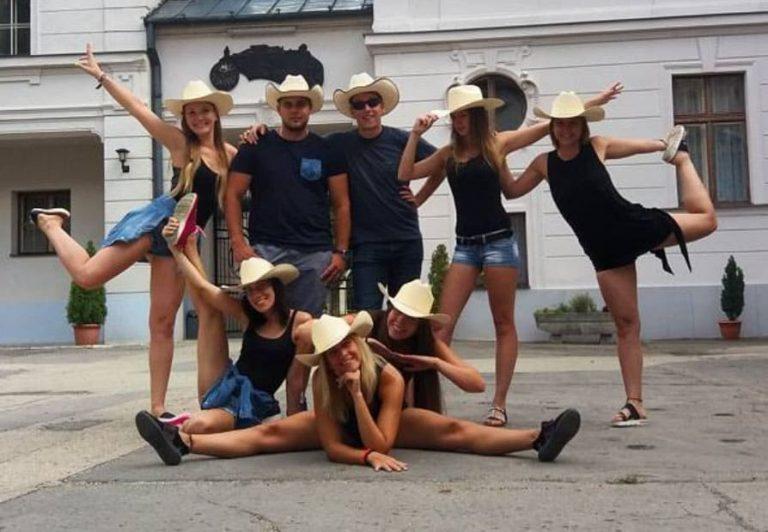 Cactus Country Club